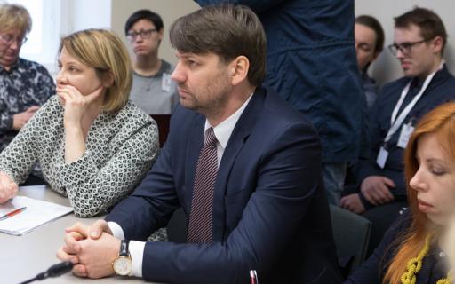 Pēc Putniņa iniciatīvas Saeimā vērtēs 8 miljonu eiro pārdales pamatotību Veselības ministrijas budžetā