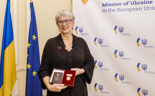 Sandra Kalniete saņēmusi vienu no augstākajiem Ukrainas valsts apbalvojumiem