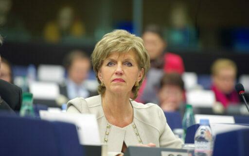 Vaidere: Starptautiskajām kompānijām jāpalīdz finansēt ekonomikas atgūšanos